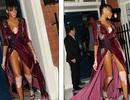 Người mẫu bị bạch tạng diện váy xẻ táo bạo