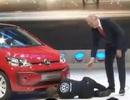 Volkswagen bị chơi khăm trong buổi họp báo