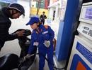 """Lỗ hổng thuế xăng dầu: Bộ Công Thương bất ngờ """"phản pháo"""" Bộ Tài chính"""