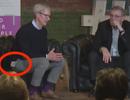 Tim Cook vô tình đánh rớt iPhone X khi đang đút trong túi quần