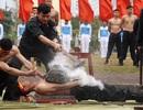 """Những pha võ thuật """"mình đồng da sắt"""" của cảnh sát đặc nhiệm"""