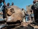 Phát hiện tượng pharaoh cao 8 mét trong khu ổ chuột  Khoa học