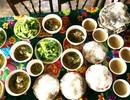 Người dân làng quê Huế tất bật đón Tết Đoan Ngọ