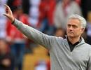 Mourinho muốn được tăng lương để tiếp tục gắn bó với MU