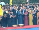 Chủ tịch nước thả cá chép trên sông Sài Gòn