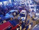 Dân chung cư dùng ôtô chặn cổng, yêu cầu chủ đầu tư mở lối đi