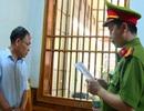 Bắt tạm giam nguyên kế toán trường nội trú vì tham ô
