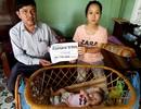Tiếp tục trao gần 60 triệu đồng đến với bé 3 tháng tuổi phải nhờ ống xông sữa để duy trì sự sống