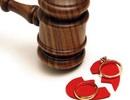 Sẵn sàng quỳ gối chịu nhục, vẫn bị vợ đòi ly hôn