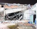 Sập công trình siêu thị, 4 công nhân bị thương