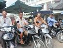 Những bác tài xe ôm chuyên giúp người gặp nạn, săn bắt trộm cướp