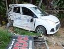 Xe khách tông taxi văng 20m, một người tử vong