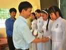 Hàng ngàn suất học bổng của Công ty Grobest Việt Nam đến với học sinh nghèo vượt khó