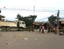 Hai ô tô lao vào nhà dân sau vụ va chạm liên hoàn, 5 người nguy kịch