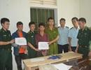 Bắt 2 đối tượng người Lào vận chuyển ma túy sang Việt Nam tiêu thụ