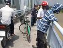 Bỏ lại xe đạp, cô gái trẻ nhảy sông Lam tự vẫn
