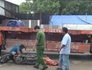 Người thân khóc ngất khi nữ sinh bị xe đầu kéo cán tử vong