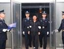 Quan tham Trung Quốc hết đường trốn ra nước ngoài