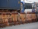 Thiết lập hàng rào sắt, thắt chặt an ninh trước giờ Khai ấn ở đền Trần