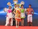 Sinh viên Việt - Lào diễn thời trang, đạp xe hưởng ứng Giờ trái đất
