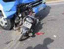 Xe máy đâm nát bét một góc xe tải, 1 người tử vong