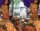 Cô gái Thái mặc bikini bán thịt lợn gây sốt dân mạng
