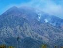 Dân Bali đổ lỗi núi lửa phun trào do... du khách sex trên núi thiêng