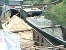 Bắt 10 thuyền khai thác cát sỏi trái phép trên sông Hương
