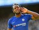 """Chelsea 4-2 Watford:""""Chân gỗ"""" Batshuayi sắm vai người hùng"""