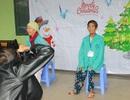 Bệnh nhân rạng ngời khi được chụp ảnh trong ngày Giáng sinh