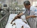 Cứu bệnh nhi Campuchia cận kề cửa tử vì té cây