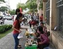 Vỉa hè Sài Gòn rộng hơn 3 m cho phép sử dụng tạm 1,5 m