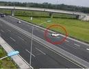 Nữ tài xế chạy xe ngược chiều trên cao tốc bị phạt nguội 7,5 triệu đồng