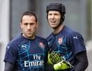 """Petr Cech bất ngờ bị """"trảm"""" ở trận chung kết FA Cup"""