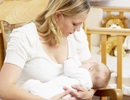 Cho con bú làm giảm nguy cơ bệnh tim và đột quỵ ở mẹ