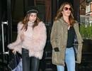 Cindy Crawford sành điệu đi sắm đồ cùng con gái