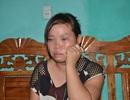 """Vụ bố ép con uống thuốc diệt cỏ ở Quảng Ninh: """"Nghĩ đến con, đêm nào tôi cũng khóc"""""""