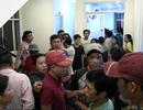 Gần trăm người vây kín công ty yêu cầu làm rõ cái chết của nam công nhân