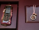 Choáng với điện thoại siêu sang giá 8,1 tỷ đồng, giao bằng... máy bay trực thăng