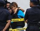 Đoàn Thị Hương mặc áo chống đạn khi tới tòa