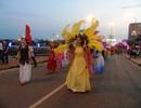 Quảng Bình: Tưng bừng lễ hội diễu hành đường phố và múa bông, chèo cạn