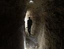 Bên trong đường hầm bí mật của IS ở thành trì Deir ez-Zor