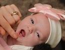 Gặp gỡ em bé lọt lòng mẹ đã có 2 răng hoàn chỉnh