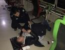 Game thủ gục ngã vì kiệt sức vẫn nhờ người đỡ dậy để hoàn thành trận game