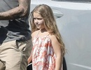 """Con gái """"cưng"""" của David Beckham dịu dàng với váy maxi"""