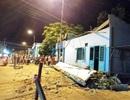 Vụ sập mái hiên 3 người chết: Cháu bé bị thương đã tử vong