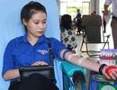 Hàng trăm sinh viên Bạc Liêu hiến máu cứu người