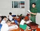 Lớp học tình thương của thầy giáo biên phòng trên đảo Hòn Chuối