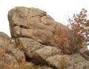 Kỳ bí tảng đá hình rồng ở Siberia