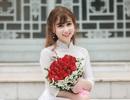 Hoa khôi trường Dược đẹp tinh khôi ngày chia tay mái trường